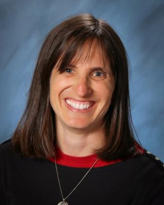 Suzanne Mackzum